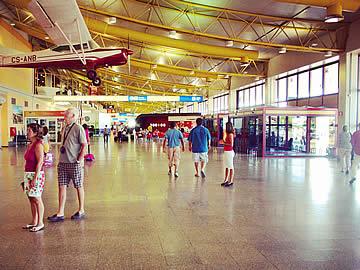 Terminal - área de acesso público