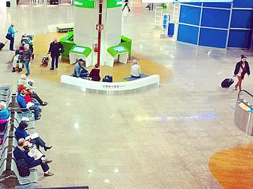 Terminal - área internacional, acesso às portas de embarque