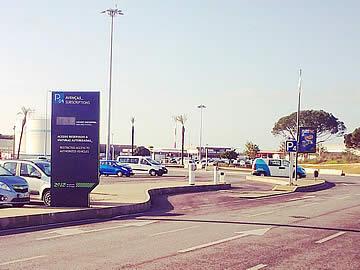 Aeroporto de Faro - entrada para o parque P4 - rent-a-car